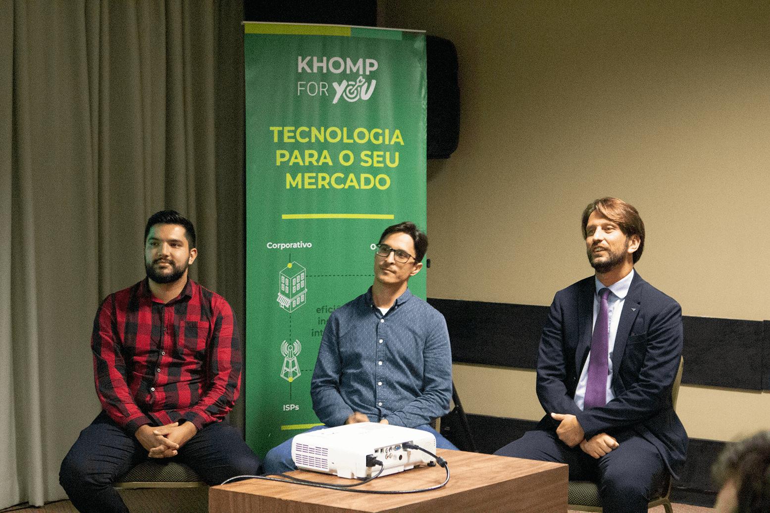 Painel Telecom Khom For You Florianópolis